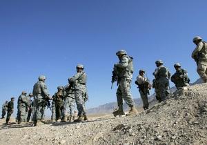 Опрос: Большинство американцев выступают за вывод войск США из Афганистана