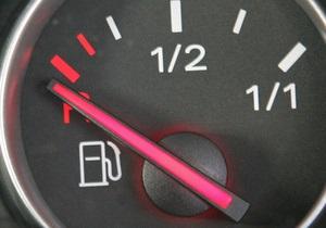 Россия с сегодняшнего дня резко увеличила экспортную пошлину на бензин
