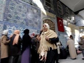 82% жителей Турции не хотят жить по соседству с иностранцами, не исповедующими ислам