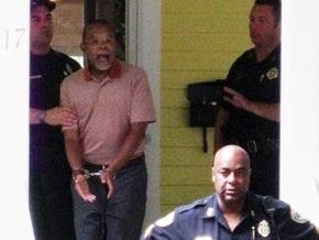 Полицейский и профессор, оказавшиеся в центре расового скандала в США, являются родственниками