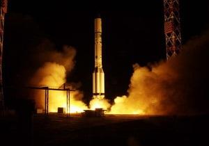 С Байконура стартовала ракета-носитель с китайским спутником связи