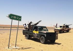 Мутассиму Каддафи удалось покинуть осажденный силами ПНС Сирт