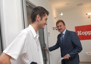 Попов будет разговаривать с киевлянами по два часа в месяц