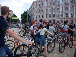 В Киеве появятся платные стоянки для велосипедов