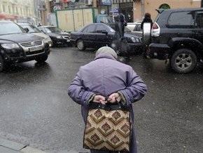 СМИ: Участковые отбирают квартиры у киевских пенсионеров