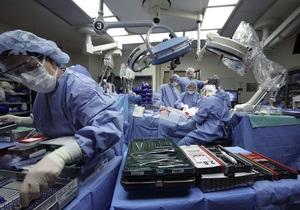 Новости медицины: В США хирурги уменьшили размер яичек мужчины, мошонка которого весила 63,5 килограмма