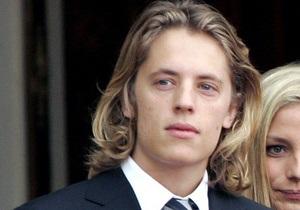 СМИ: Сын Саркози попал в больницу после вечеринки в одесском клубе