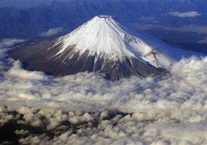 Японские власти ввели плату за восхождение на гору Фудзи