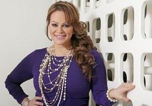 В Мексике пропал самолет со знаменитой певицей