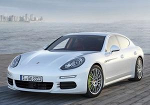 В СМИ появились фотографии обновленного Porsche Panamera