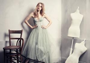 H&M выпустит экологическую коллекцию вечерней одежды
