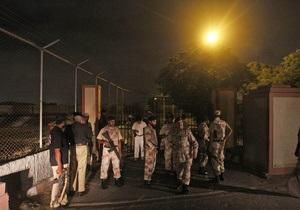 Талибы напали на военную базу Пакистана: есть жертвы