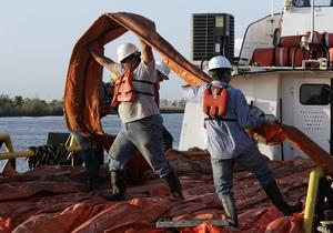 ВР призналась, что откачивает из аварийной скважины меньше нефти, чем раньше