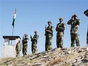 Пакистан подтвердил сообщения о переброске войск на границу с Индией