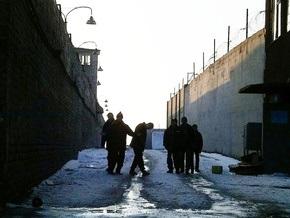Ющенко помиловал 11 женщин и 56 мужчин