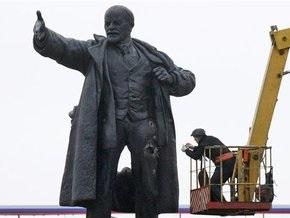 Взорванный в Петербурге памятник Ленину временно демонтируют