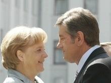 Ющенко и Меркель обсудили перспективы Украины как транзитного государства