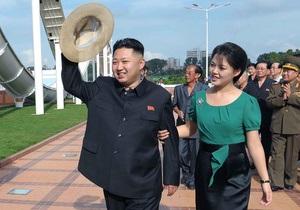 СМИ: Жена Ким Чен Уна посещала Южную Корею в качестве чирлидера