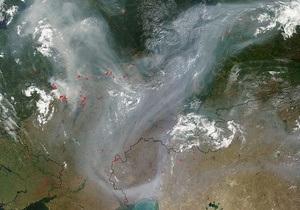 NASA: дым от пожаров в России поднялся до уровня стратосферы