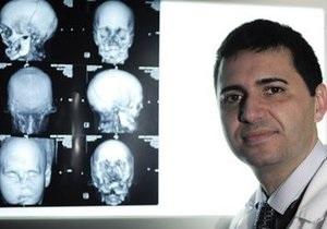 Испанские хирурги успешно провели полную пересадку лица
