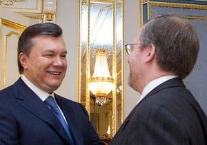 Директор Freedom House: Власть в Украине - в руках одной семьи
