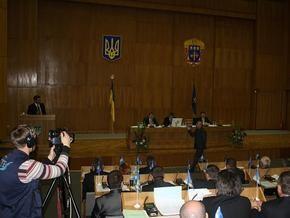 На заседании Тернопольского облсовета депутаты от Свободы подрались с регионалами