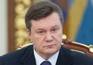 Янукович уволил двух заместителей Могилева