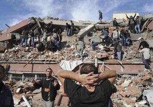 Мощное землетрясение в Турции: США выделили помощь в $300 тысяч