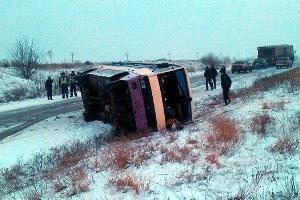 В Николаевской области перевернулся автобус с 37 пассажирами