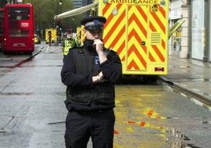 Беспорядки в Белфасте: ранены 26 полицейских