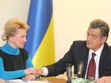 Политологи объяснили решение Ющенко отправить в Москву Богатыреву