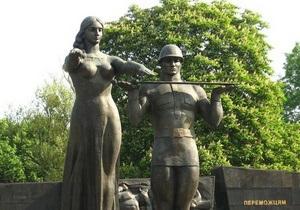 От мэра Львова через суд требуют демонтировать Монумент Славы