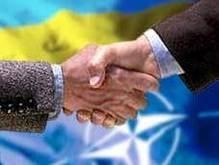 FT: Заявка на вступление в НАТО вносит раскол в общество