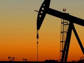 Рынок сырья: Золото дорожает, а нефть постепенно снижается