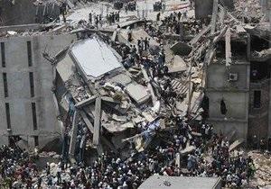 Обрушение здания в Бангладеш унесло более 70 жизней