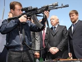 Медведев призвал бороться с  террористической заразой  на Кавказе