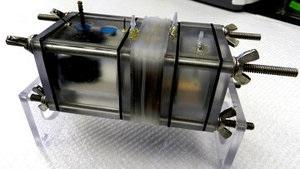 Американские ученые научили бактерии вырабатывать электричество из сточных вод