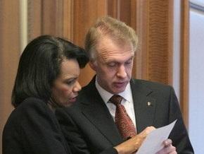 Огрызко и Райс подписали Хартию о стратегическом партнерстве