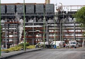В Мексике на нефтеперерабатывающем заводе произошел взрыв: один человек погиб
