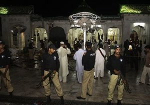 Жертвами взрывов в пакистанском Лахоре стали более сорока человек