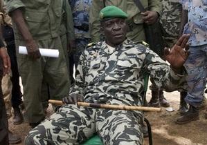 Новые власти Мали попросили иностранную военную помощь в борьбе с туарегами