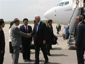 Билл Клинтон прибыл в КНДР для переговоров по освобождению американских журналисток
