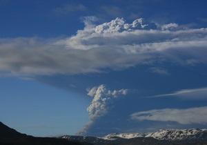 Облако пепла от вулкана достигло Латвии и Эстонии. В полдень будет закрыто небо над Берлином