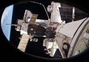 Первый частный космолет успешно прошел процедуру захвата на МКС