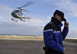 Во Франции два человека спаслись, выпрыгнув из падающего вертолета