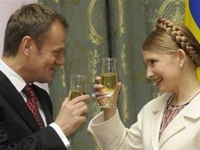 Сегодня Тимошенко отпразднует годовщину падения коммунизма в Польше