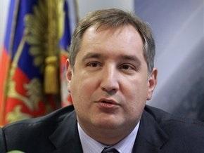 Рогозин: НАТО напоминает ослепшего носорога