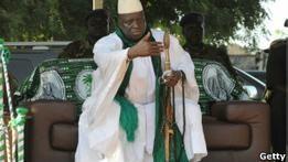 Президент Гамбии готов править  миллиард лет