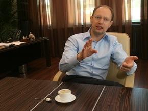 Яценюк рассказал Корреспонденту о первых шагах на посту президента