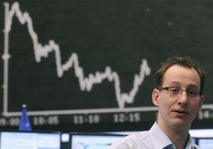 Украинские фондовые рынки снижаются до минимума 2011 года